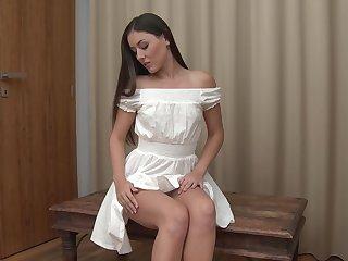 Nude girl masturbates in unbelievable modes